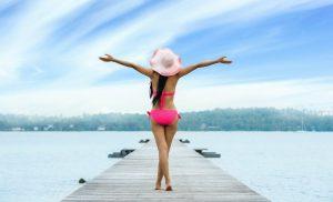 Biquíni: A história do traje de banho feminino