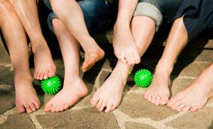 15 dicas para exibir pés saudáveis e curtir o verão de chinelo