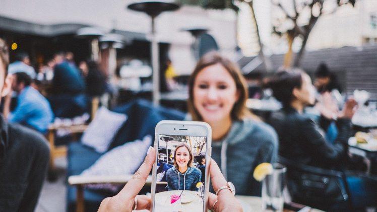 Como tirar boas fotos de comida no celular?